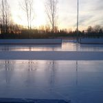 Lauantaiaamun aamujäät Kauhajoella. jääkone ehti juuri parahiksi alta pois.